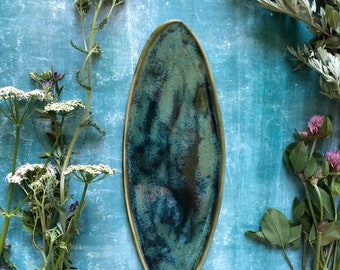 Forest and bogs green stoneware platter