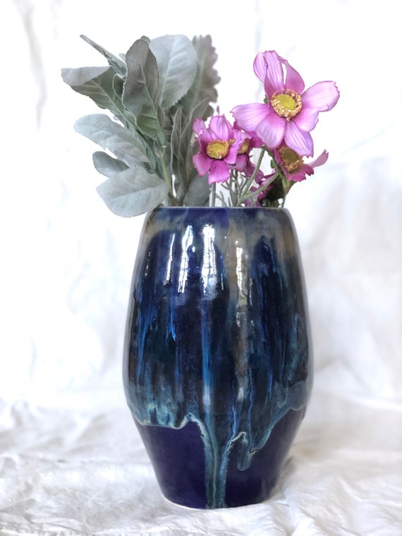 XL vase in deep blue