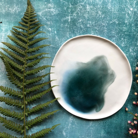 Small watercolor green series porcelain plate