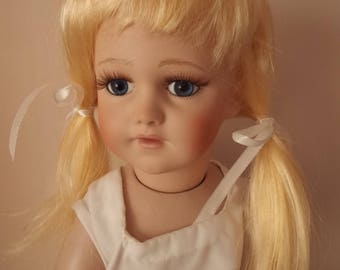 11-12 inch Economy  Blonde  Dolls wig in bunches