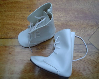 60mm Victorian doll boots in white Code 612/5