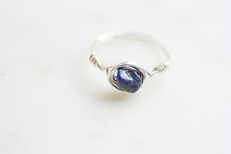 Blue ring September Birthstone Ring Delicate ring Wire wrapped ring Wire wrap Lapis Lazuli Crystal bead ring Blue gemstone ring