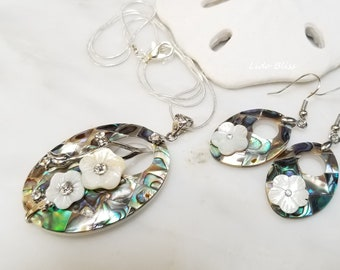Mermaid Earrings Paua Abalone Shell Womens Silver Fashion Jewellery 23mm Drop