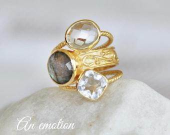 Woman labradorite ring gold quartz crystal, engagement, wedding, ceremonies, Valentine's day, birthday woman