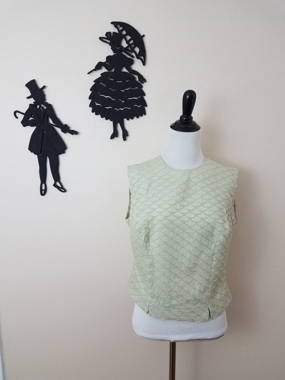Vintage 1950's Sleeveless Top / 50s Green Button U