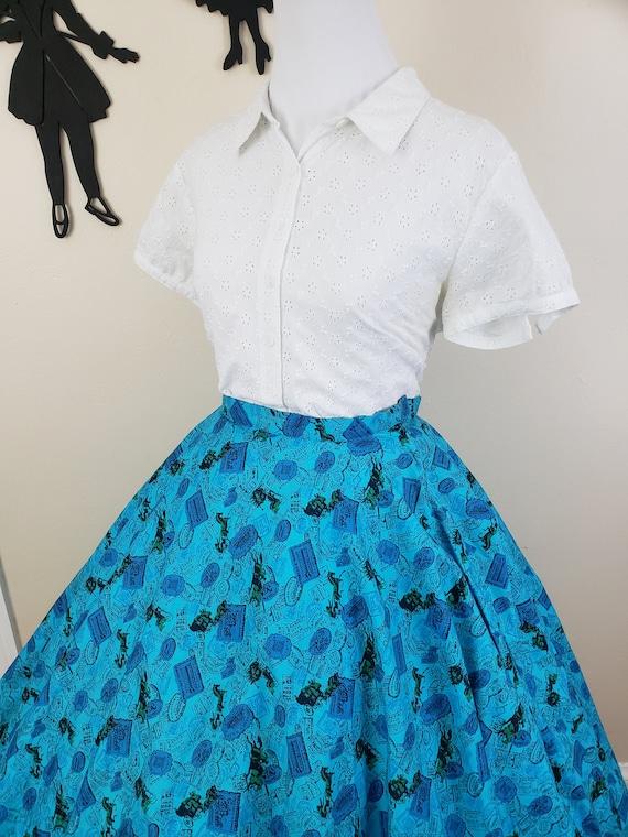Vintage 1950's Circle Skirt / 50s Novelty Print S… - image 5