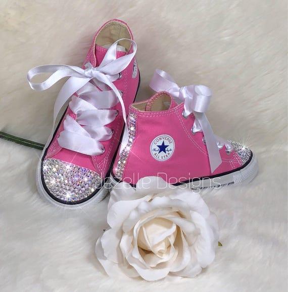 Pattini di bambino bling in cristallo Swarovski rosa, genuino Bedazzled Baby Converse, mano ingioiellata Converse personalizzati per i più piccoli,
