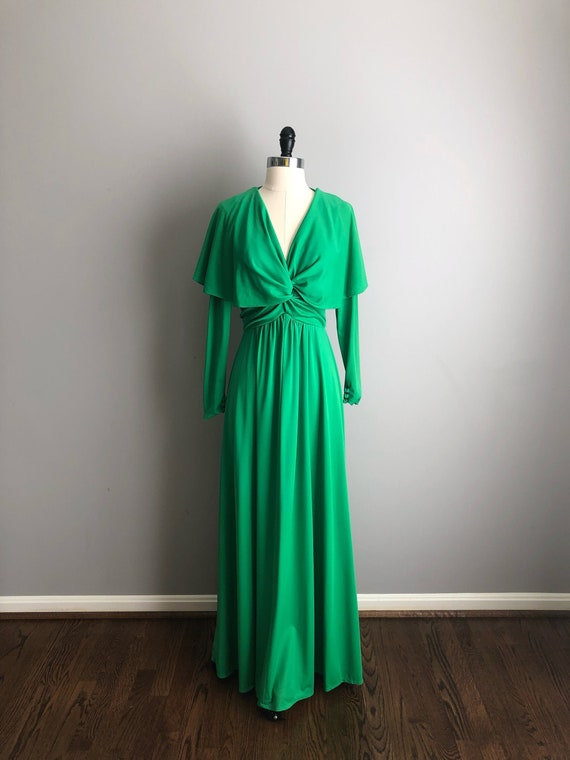 Vintage 70s Long Flutter Sleeve Emerald Green Dres
