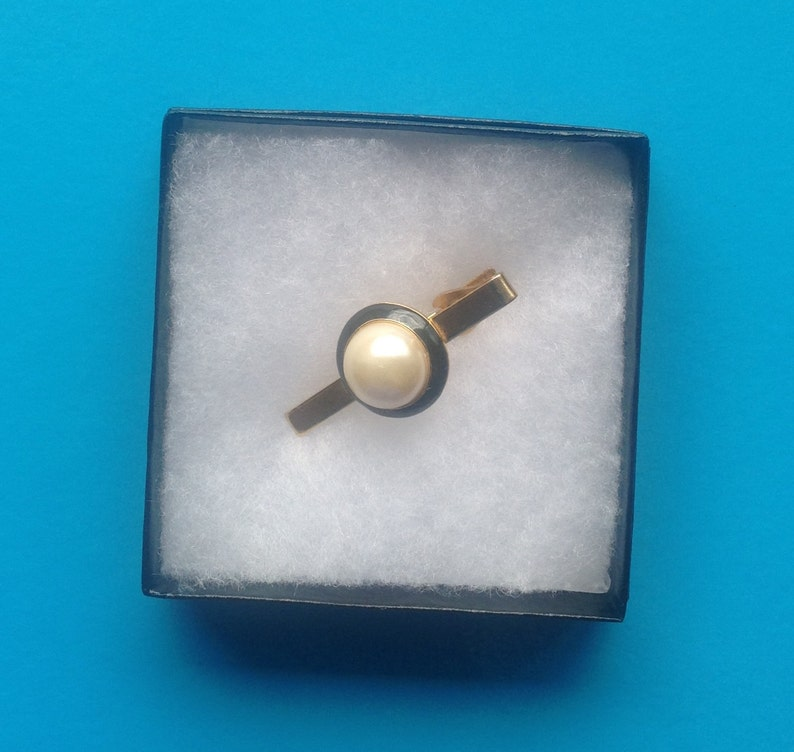 500b13727001 Gold and Pearl Tie Clip/Faux Pearl and Black Enamel   Etsy