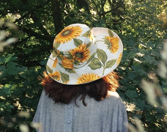 Women's large brim summer sun hat
