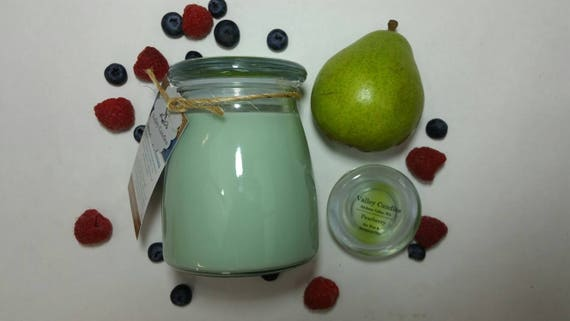 Pearberry 14oz, 70-hour, Soy & Botanical Oil Candles**4.00 SHIPPING**