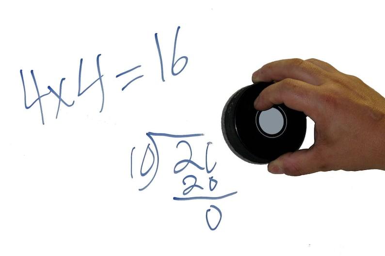 Winnipeg Jets Retro Series Hockey Puck Board Eraser For Chalk /& Whiteboards