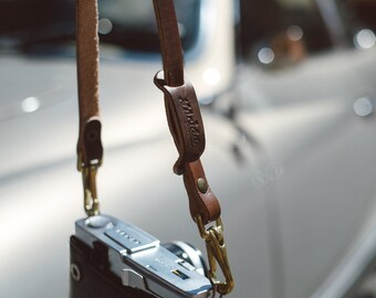 Classic neck strap made of leather - Leather Camera Straps