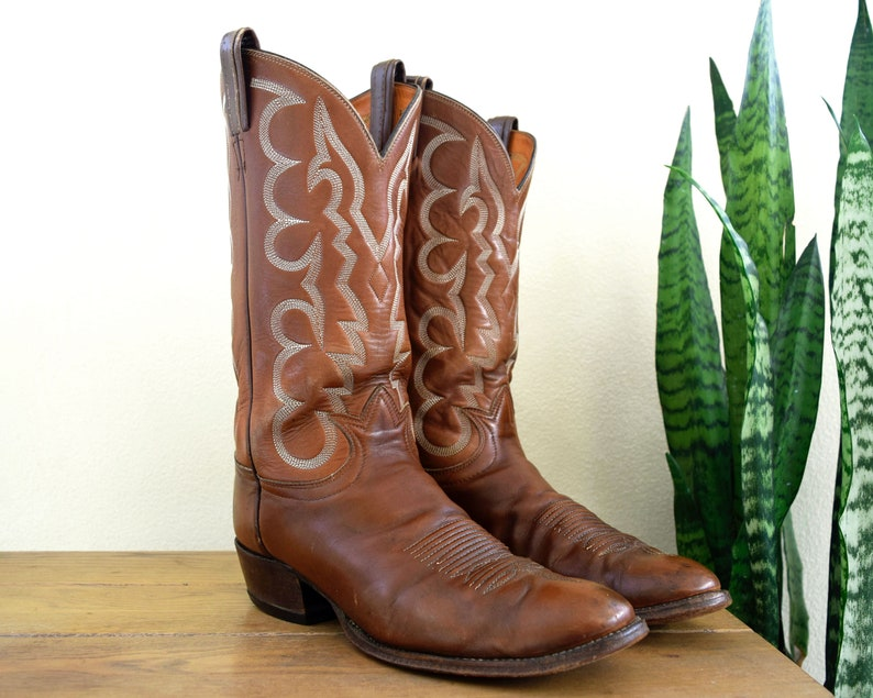 12c53739619 TONY LAMA Men's 11-11 1/2 Vintage Brown Leather Cowboy Boots Round U-Toe  7-Stitch Black Label El Paso USA