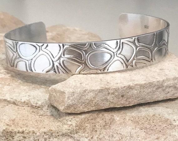 Sterling silver patterned cuff bracelet, ozidized bracelet, cuff bracelet, sterling silver cuff bracelet, stackable bracelet, boho chic
