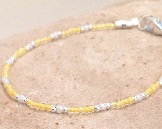 Yellow and ivory Matsuno glass seed bead bracelet, sterling silver bracelet, seed bead bracelet, boho bracelet, small bracelet, gift for her