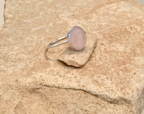 Sterling silver rose quartz ring, oval stone ring, oval gemstone ring, stackable sterling silver ring, sterling silver ring, gift for her