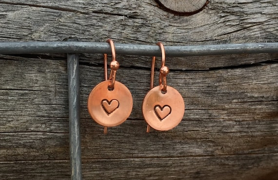Copper handmade drop earrings, copper dangle earrings, tiny earrings, hand stamped heart and copper earrings, copper dangle earrings