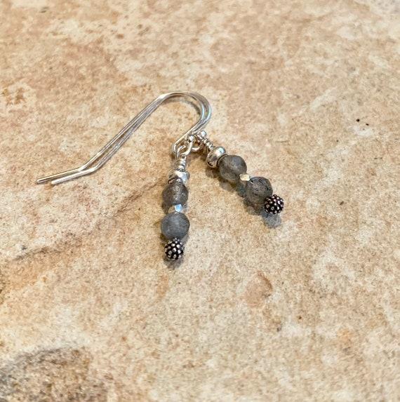 Labradorite drop earrings, gray earrings, sterling silver earrings, dangle earrings, sundance earrings, gift for her, gift for mom