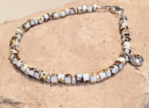 Beautiful brown bracelet, Matubo seed bead bracelet, single strand bracelet, minimalist bracelet, Hill Tribe silver bracelet, daisy charm