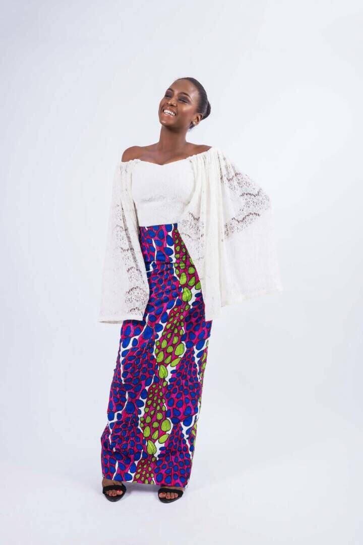 Weiße Spitze und afrikanischen Druck ab Schulter Kleid | Etsy