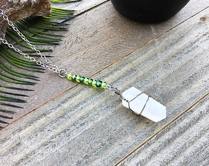 ON SALE! Handcrafted jewelry - Wire wrapped crystal Pendant with seed beads - healing necklace