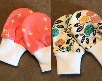 Organic baby mittens - Newborn scratch mittens - Baby Scratch Mittens