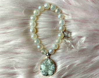 Mystic Rainbow Agate Intention Bracelet with Teardrop Druzy Pendant and Silver Chains