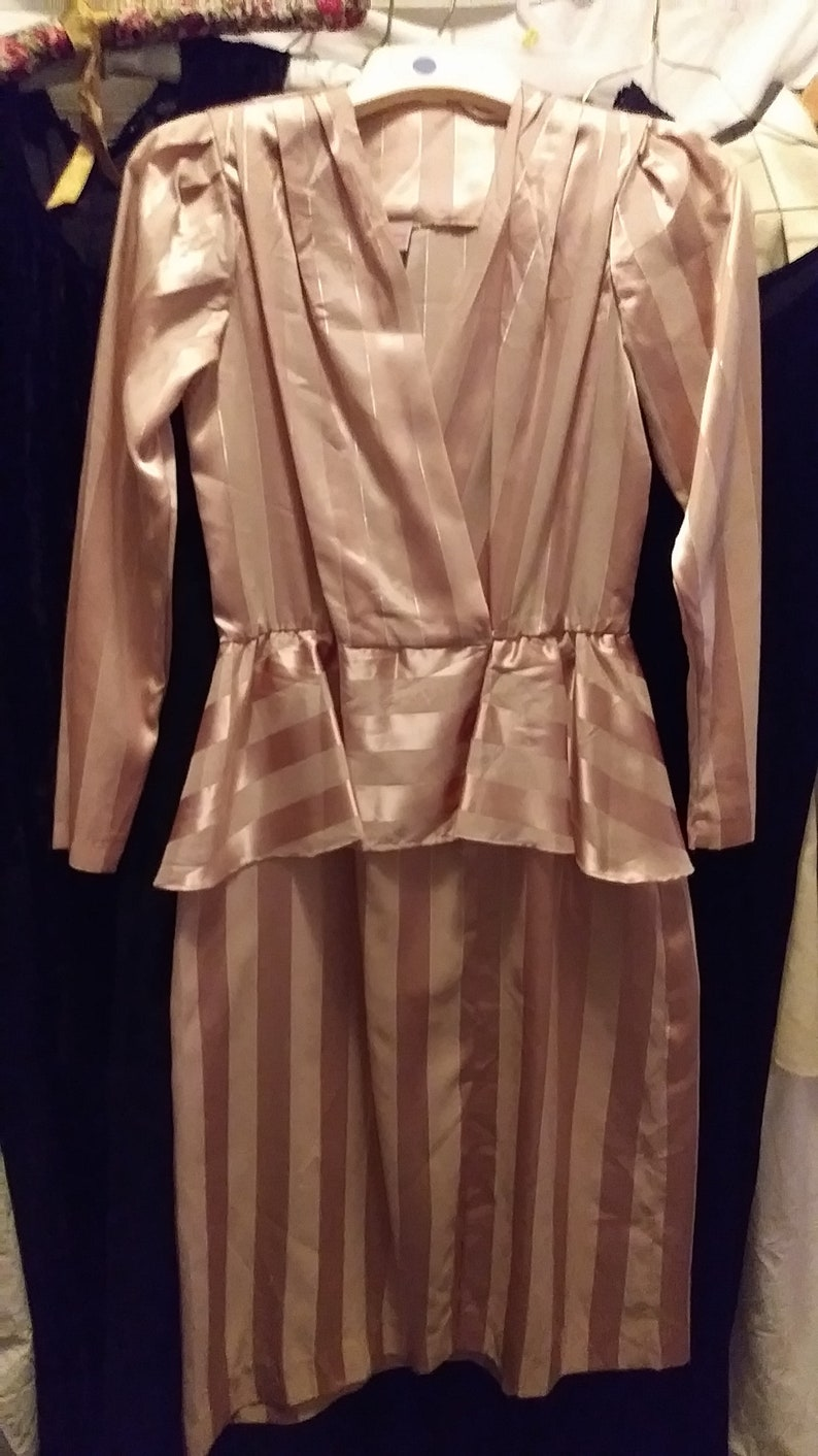 3712081ed3a Vintage JCPenney 9 10 Triacetate-Polyester-Metal Blend Party Dress w Long  Sleeves and Peplum