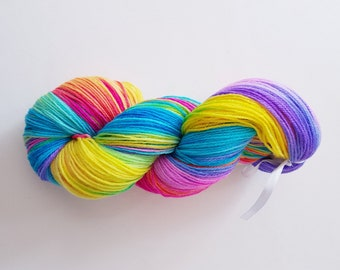 CLEO. the brush-dyed wool skein