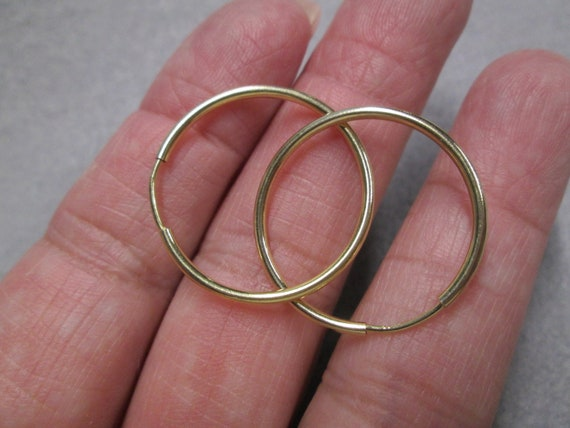 Exquisite 14kt. Yellow Gold Endless Hoop Earrings>