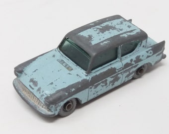 Lesney Matchbox series number 7 ford anglia