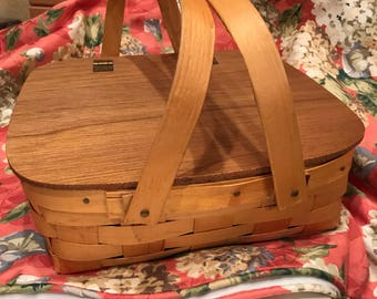 Pie Basket - Wicker Basket - Picnic Basket