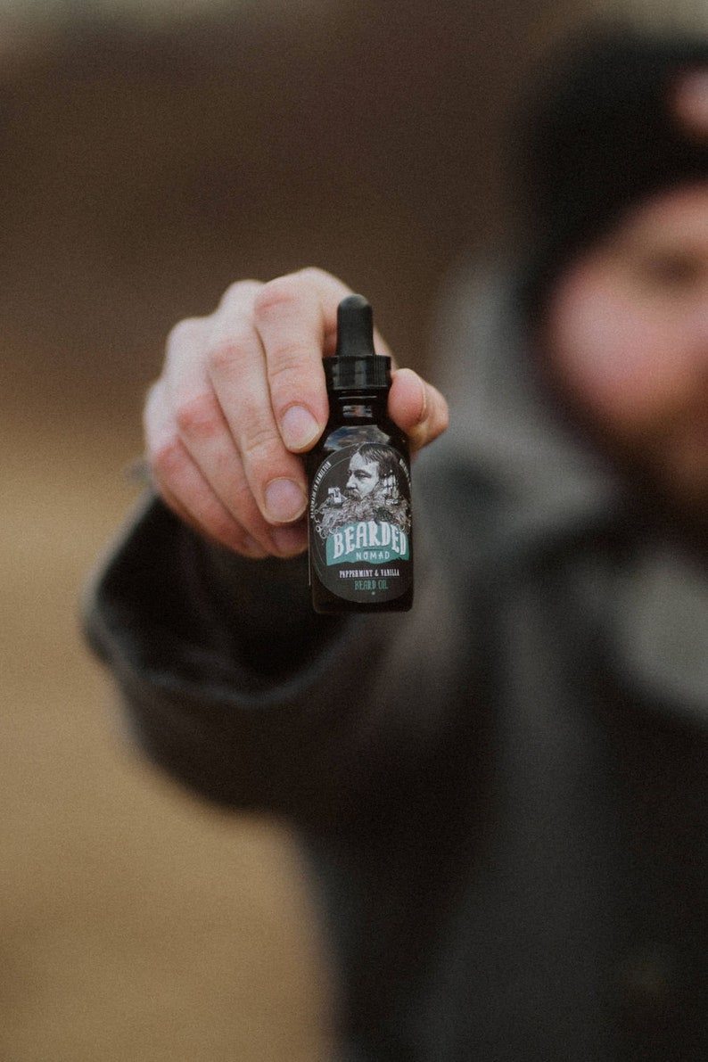 Bearded Nomad's Peppermint and Vanilla Beard Oil image 0