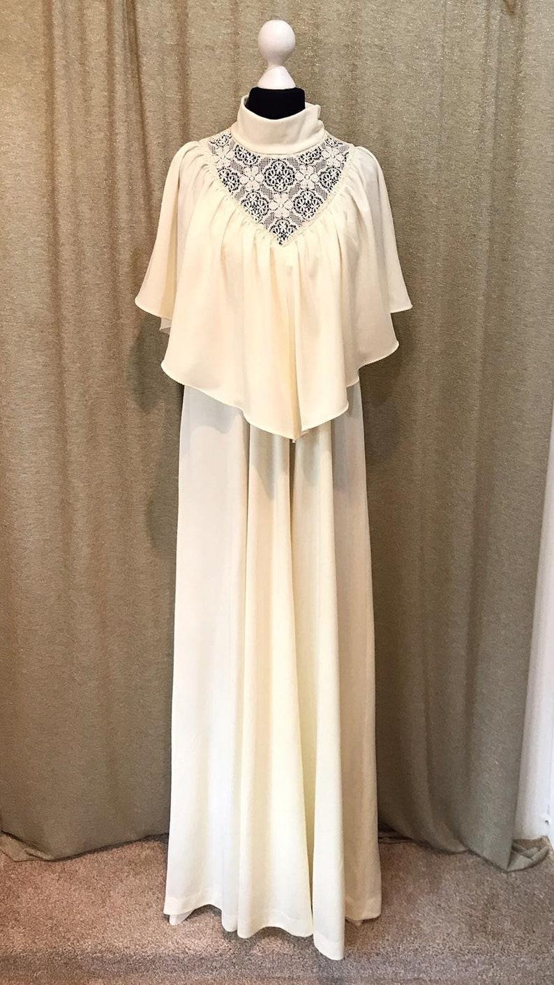 UK 1214 US 810 Cream vintage 1970s alternative wedding dress with high neck Crochet detail and cape sleeves Boho wedding dress
