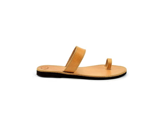 Ancient Greek Sandals for Women, Flat Leather Sandals, Toe Ring Sandals, Full Grain Leather Sandals Handmade by LeatherStrata.
