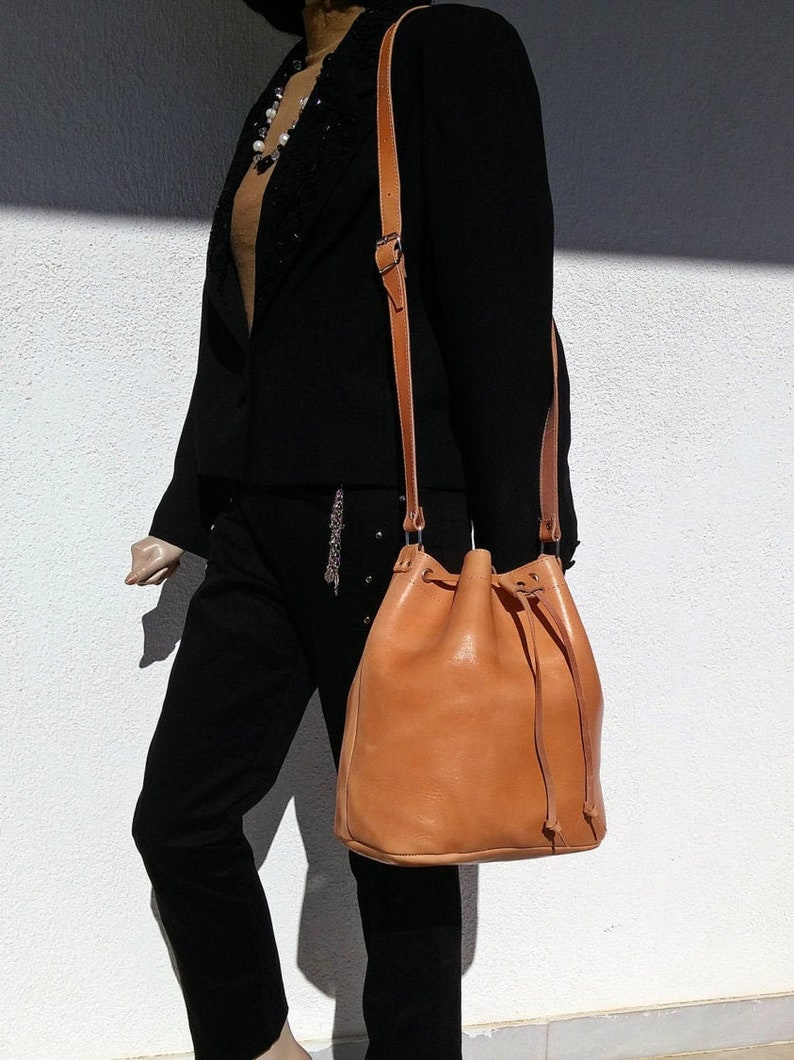 Leather Bucket Bag  Leather Pouch with Drawstring. Leather Natural