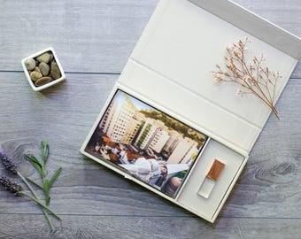 Cream Linen Photo Box with Crystal Glass USB Flash Drive 3.0