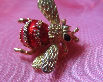Precious Little Gold Tone Double Winged Bumblebee Pin, Brooch