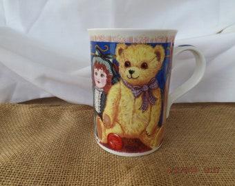 Elizabethan Bone China, Bear Coffee Mug,