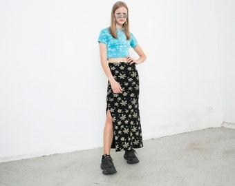 70e6f82771 Vintage Flower Print Maxi Skirt Long Black Stretchy High Cut Light Nature  Pattern Mid Waisted Hippie Festival Womenswear 80s