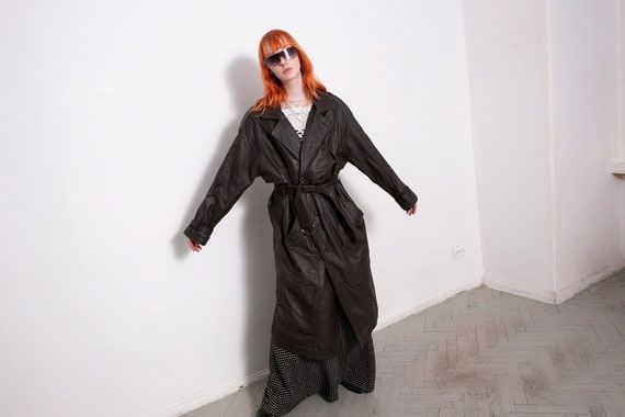 Beautiful vintage designer 1960s 1970s Western black suede leather spy jacket mod psych trench coat