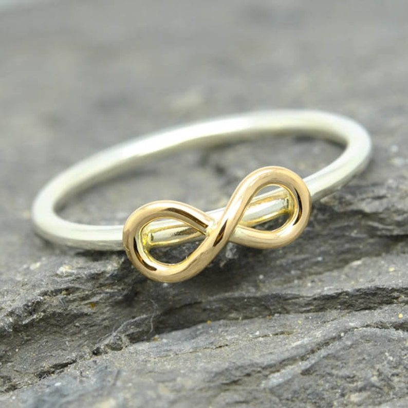 Graduation Gift Sisters Ring Bridesmaid Gift Wedding Gift Bridesmaid Jewelry Bridal Shower Gift Infinity Ring Maid of Honor