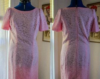 Vintage 1960's Pink Lace Wiggle // Shift Dress // Mad Men // Pinup