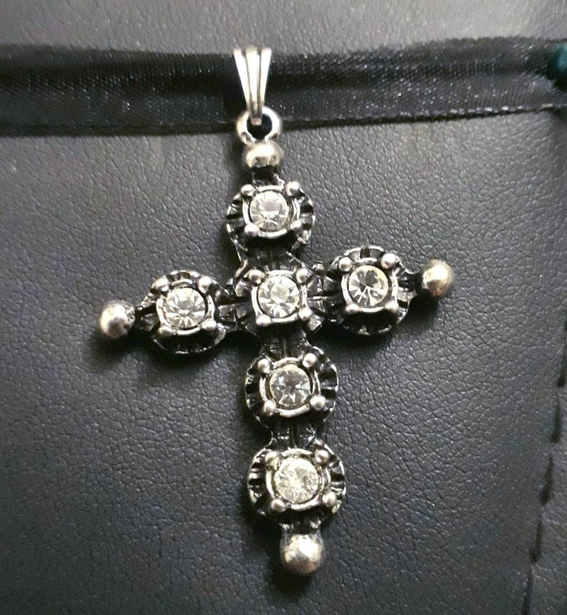 Rhineland Plated Silver Small Size Strass Cross