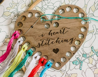 I Heart Knitting + Stitching - Knitting Gauge & Thread Organizer Set