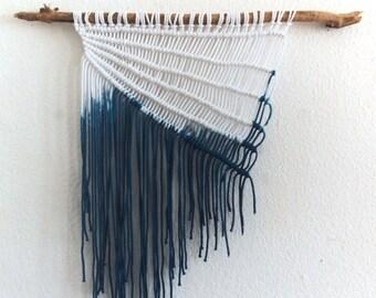 Modern Minimalist Dip Dye Indigo Macrame Wall Hanging | Wandbehang | Beach
