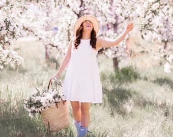 Jillian Harris x Etsy - White Linen Sleeveless 'Peaches' Dress with Pockets and Keyhole Back