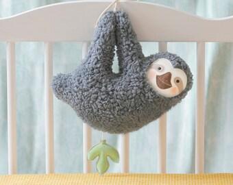 Spieluhr Baby Faultier Weihnachtsgeschenk sloth Baby Wunschmelodie music box Baby shower PetitiPanda Taufe Taufgeschenk Geburt Geschenk