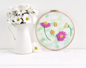 Floral Embroidery Kit for Beginners, Flower Embroidery Starter Kit, Modern Design Beginners Hoop Art , Pattern Kit embroidery  crafters gift